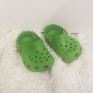 Toddlers size  4/5 Green CROCS